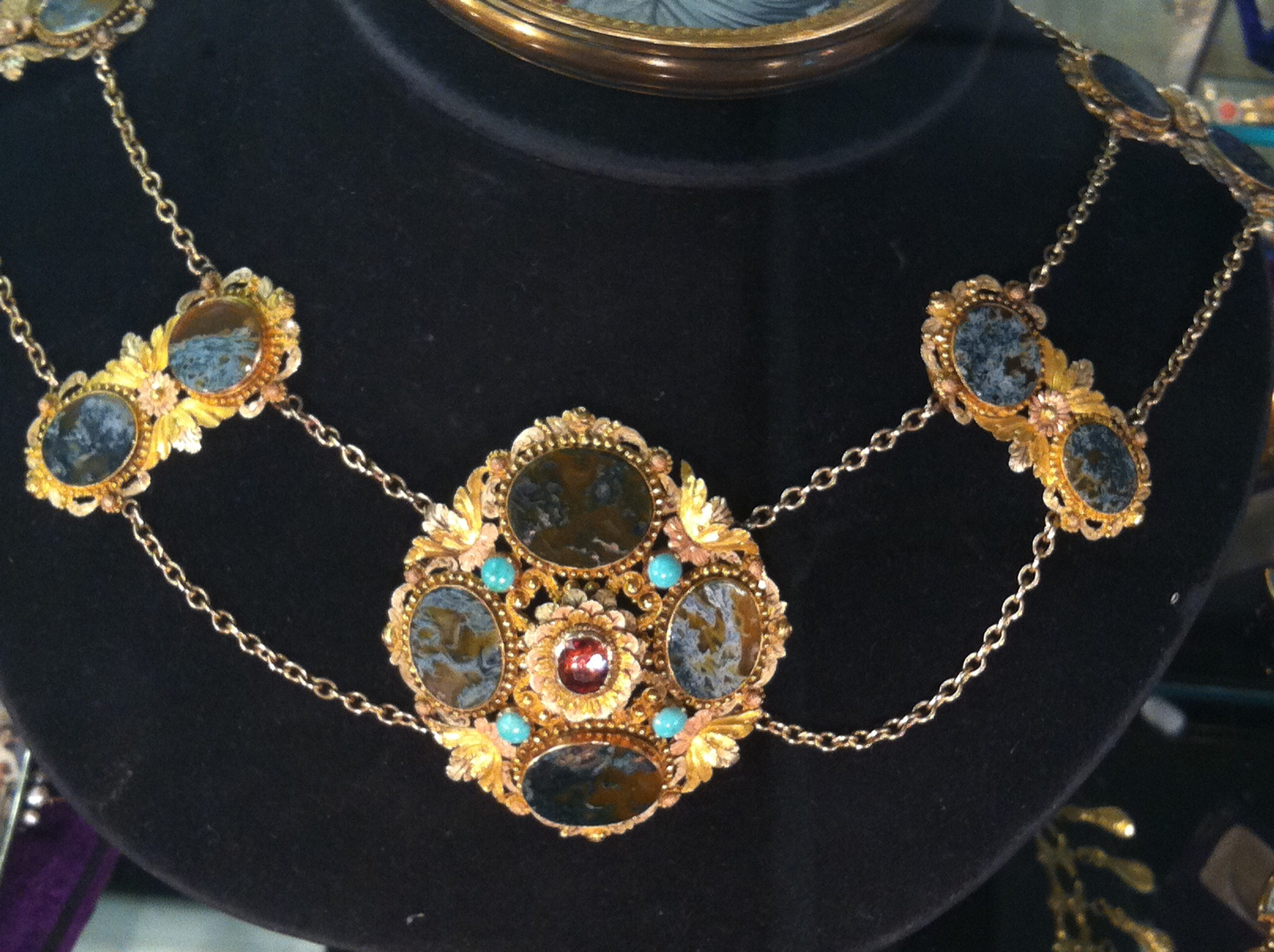 The new york antique jewelry and watch show lisa kramer for Antique jewelry stores nyc