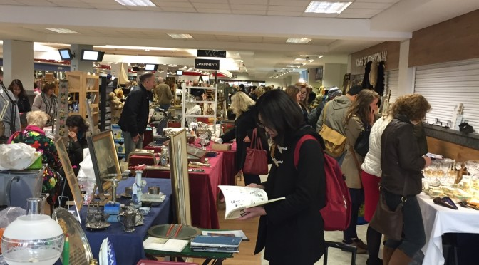 The Best Antique Market in London:  Kempton Park